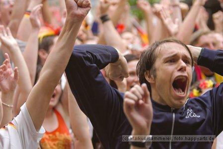 Fusball WM 2006 Deutschland-Ecuador am Johannistor Jena